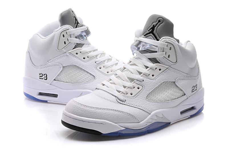 Vous Et Large Une Jordan Noir 5 Air Rose Nike Offre Propose Femme K1FlJc