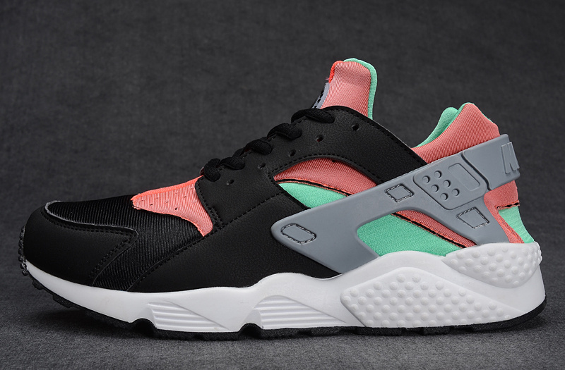 courir baskets nike femme 40 run huarache ultra