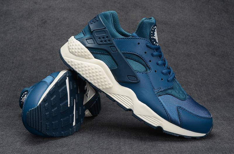 Nike Huarache Bleu Et Blanche